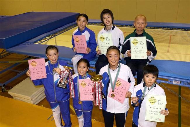 千葉更と松村優勝、7人全日本選手権出場へ 道年齢別トランポリン