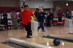 52チームの熱戦スタート 職場対抗ボウリング大会 3
