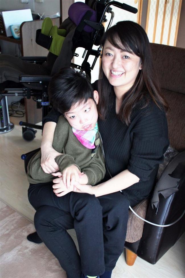 医療的ケア児の長男と歩む貴戸さん 重症児デイサービス立ち上げに挑戦 「子どもとお母さんを幸せに」