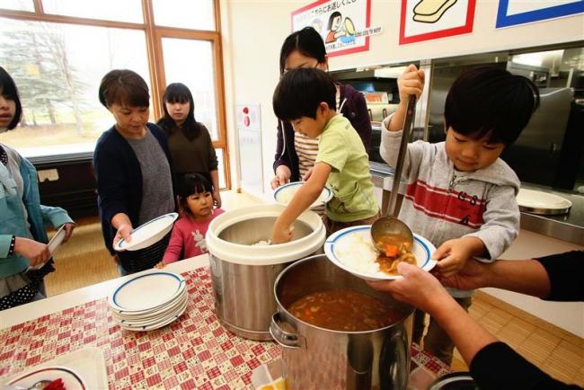 子ども食堂で「カレーの日」 ネイパル足寄