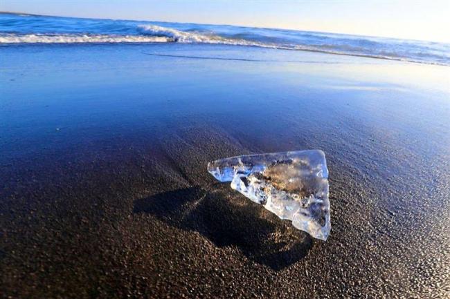 「ジュエリーアイス」今冬も 早くも大津海岸に 豊頃