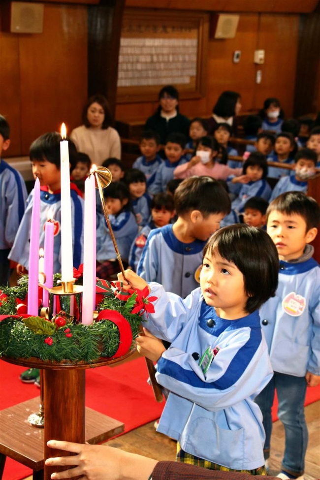 師走スケッチ「幼稚園児がクリスマス礼拝」