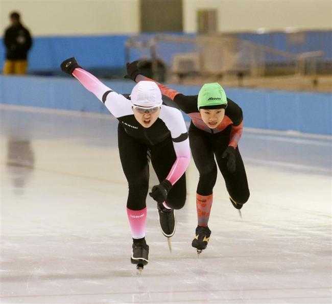 中村和平、笹渕和花6年男女総合V、市スケート少年団交歓大会