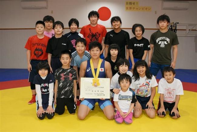 全日本レスリング3位の清水賢亮、里帰りして自主トレ今年の飛躍誓う