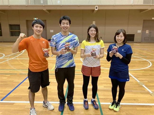 男澤・永森組V 女子は田辺・大野組 全十勝室内複テニス大会