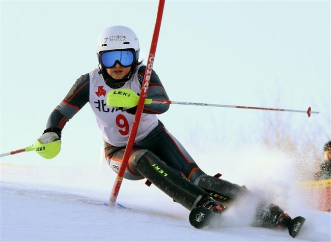 柳澤梨加3年連続全国へ、加藤雄希初のインターハイ 道高校スキー選手権
