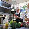 「香害さえなければー」会員制でレストラン再開~増える化学物質過敏症(5)【電子版ジャーナル】