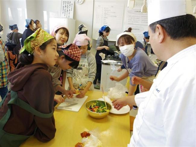時短・栄養も充実の朝食 親子で料理教室