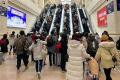 【WSJ】武漢脱出の最終列車を逃すな 感染都市封鎖ルポ