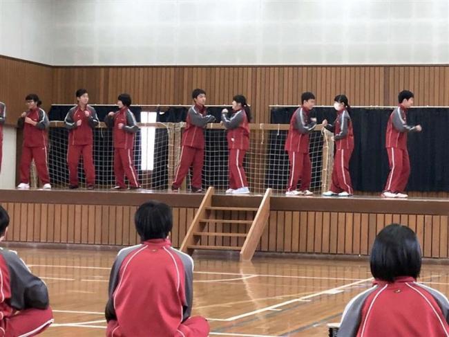 音更共栄中でボールルームダンス講習会