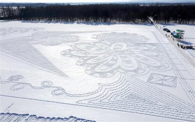 雪の芸術や遊びを満喫 中札内で「スノーアートヴィレッジ」初開催