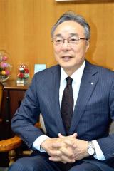 「リスクなしに地域経済は守れない」と力説する高橋理事長