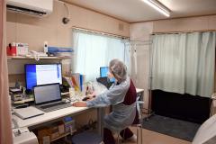 帯広第一病院の発熱外来診察室の内部