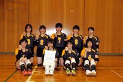 女子準優勝の帯緑陽(前列左から2人目が二階堂朱莉主将)
