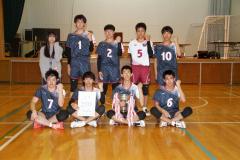男子2年ぶり優勝の帯三条(前列左から2人目が阿蘓響主将)