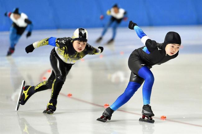 鈴木3年500M首位、女子は笹渕トップ、全十勝小学生スケートチャレンジ杯