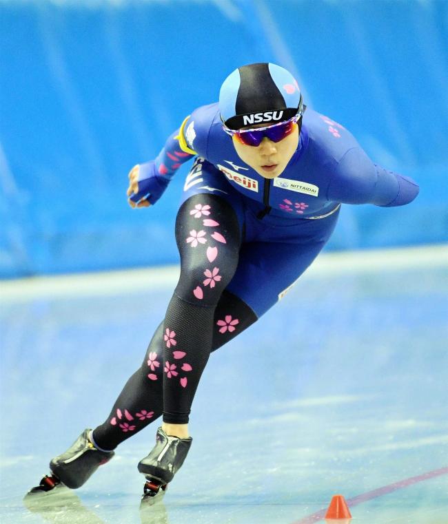 高木美帆3000M国内最高V 村上500M2位 全日本選抜スケート長野大会