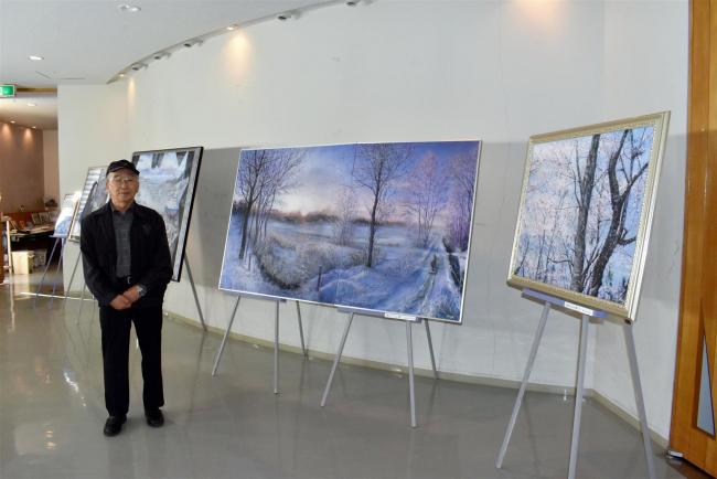 18日から森本憲司さん絵画展「大地の詩」 忠類ナウマン象記念館