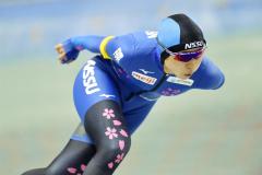 【女子1500メートル】1分52秒78の国内最高記録、リンク新記録で優勝した高木美帆。圧巻の滑りで3冠を達成した(@アフロ/JSF)