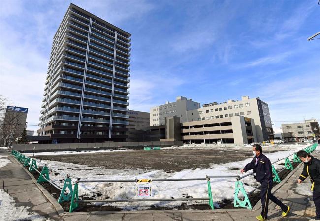旧経済センタービル解体、店舗棟に近く着工 西3・9再開発仕上げへ