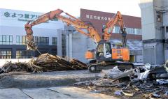 帯広市の旧総体、解体作業大詰め 3