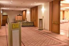 例年なら送迎会や会合などで埋まっている宴会会場の利用はゼロの状況(19日、ホテルグランテラス帯広)=本田龍之介撮影