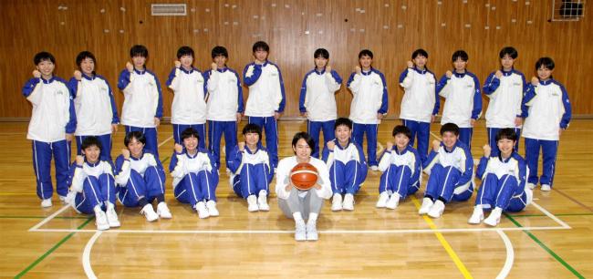 帯南商高出の大澤来彩、Wリーグのアイシン入り飛躍誓う 女子バスケットボール