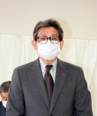 14年間会長を務め、退任のあいさつをする小柴満氏