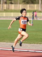 男子1600メートルリレー2組 白樺学園高4走・橋本凌弥
