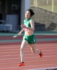 女子1600メートルリレー 帯南商4走・伊藤瑠里