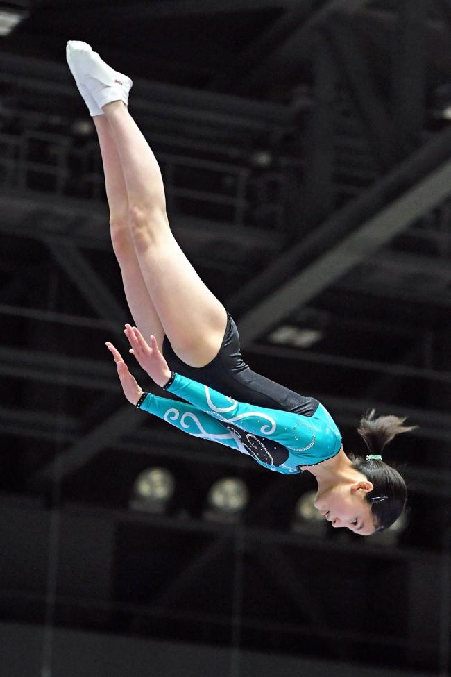 幕別フーニA団体女子全道V、赤石は男子13~15歳制覇 道Jr.トランポリン選手権大会