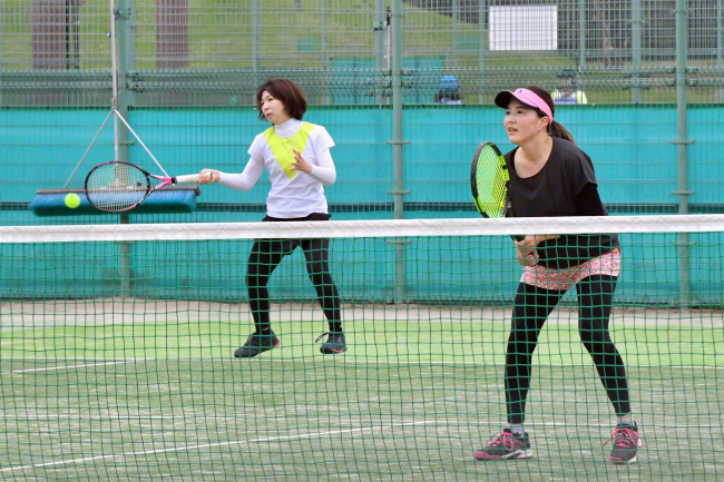 曽根・山角組Aクラス初V Bは平岡・榊原、ベテラン石川・江崎組 女子テニス帯広地区予選
