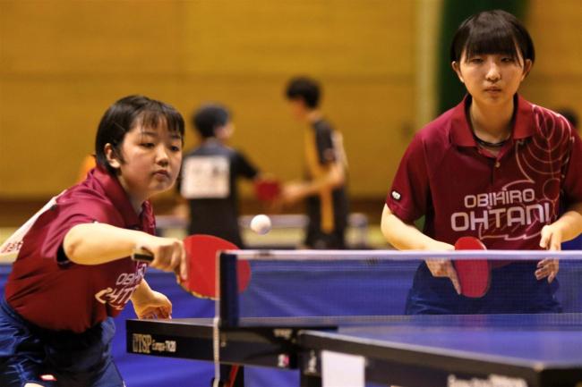 帯大谷男女完全制覇、足利と女子の小林は3冠 高体連卓球十勝支部予選