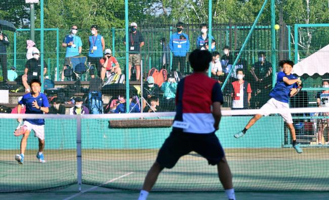 観野・松本組(帯北)準V 全道高体連テニス個人戦ダブルス