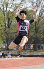 男子走り幅跳び 小山内将太(広尾高)
