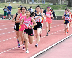 女子1500メートル3組