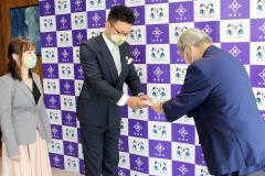 浦幌町が結婚祝い金を贈呈 2