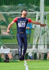 【男子円盤投げ決勝】36メートル03を投げて6位入賞した栗田遥人(帯農)