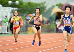 【女子200メートル準決勝】澤村愛花(中央、白樺学園)