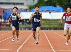 【男子200メートル決勝】22秒10で2位に入った清水徹(道栄)