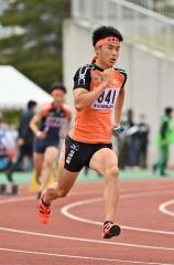 【男子1600メートルリレー決勝】白樺学園の1走・及川千暉