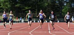 男子3年100メートル決勝 松本琢夢(右から3人目、芽室)