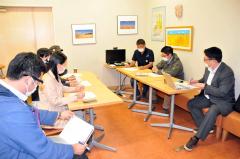 7日開催の「北海道小麦キャンプ2021in十勝」の概要などを確認する実行委員会メンバーら
