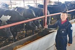 10日から「帯広牛」の名称で売り出されるトヨニシファームの交雑種と小倉社長