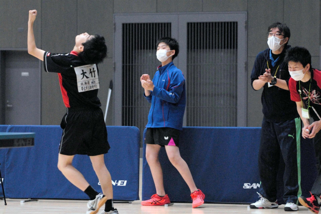 帯西陵男子15大会ぶりV、女子は上士幌 全十勝中体連夏季卓球大会