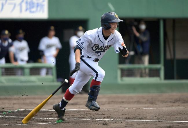 帯大谷コールド勝ちで4強入り、14―1稚内大谷 高校野球北北海道大会