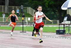 女子5年400メートルリレー 十勝陸クB・齊藤永笑