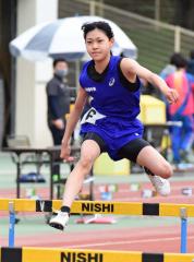 女子6年コンバインドA・80メートル障害 山内咲耶(上浦幌中央陸少)