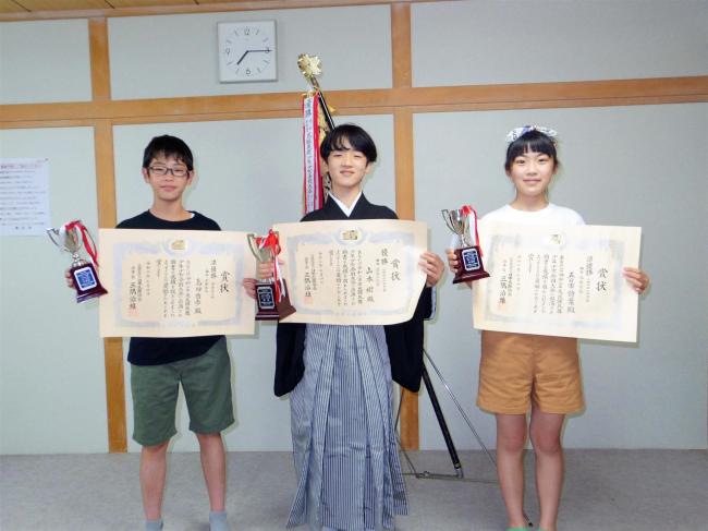 芽室上美生小6年の山本樹君、十勝から初の民謡日本一 全国民謡大会