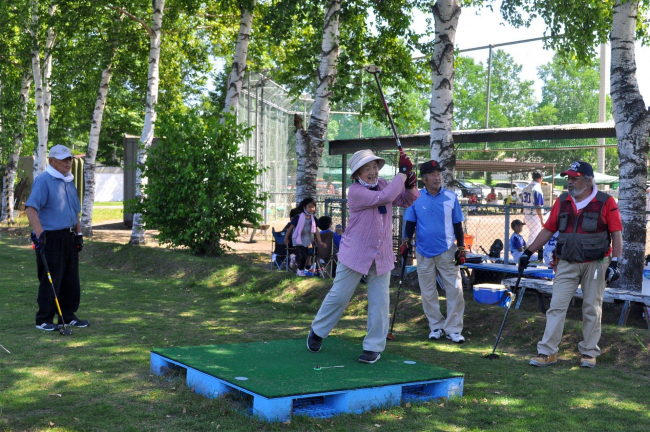 パークゴルフ大会で親睦深める 士幌